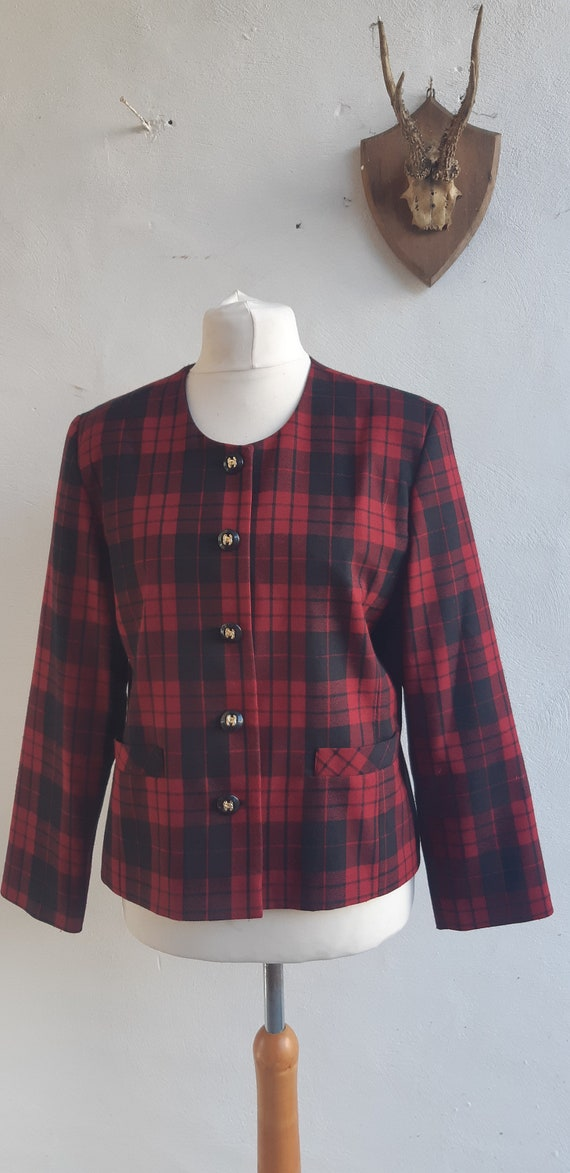 Vintage collarless jacket Red black pure checked p