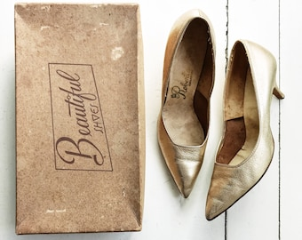 Early 1960s Gold Pumps with Original Box, Est. Size 7M, Vintage Shoes, Pointed Toe, High Heels, Women Shoes, Wedding Shoes, Bridal, Prom