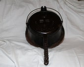 Griswold American No. 9 Waffle Iron w Collar dated 1908