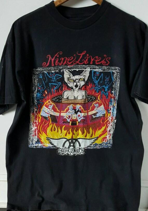 Vintage t-shirt, Vintage Clothing, Band T Shirt, B