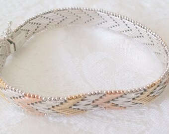 """Beautiful Vintage Italian Sterling Silver Two-Toned Bracelet 7"""" long and weighs 19.5 grams"""