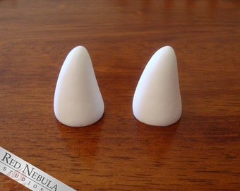 1.5 Inch Small Horns (Single or Pair) in White or Black, Curved Tusks, Small Smooth Horns, DIY Blank Horns, Do It Yourself Squat Horns