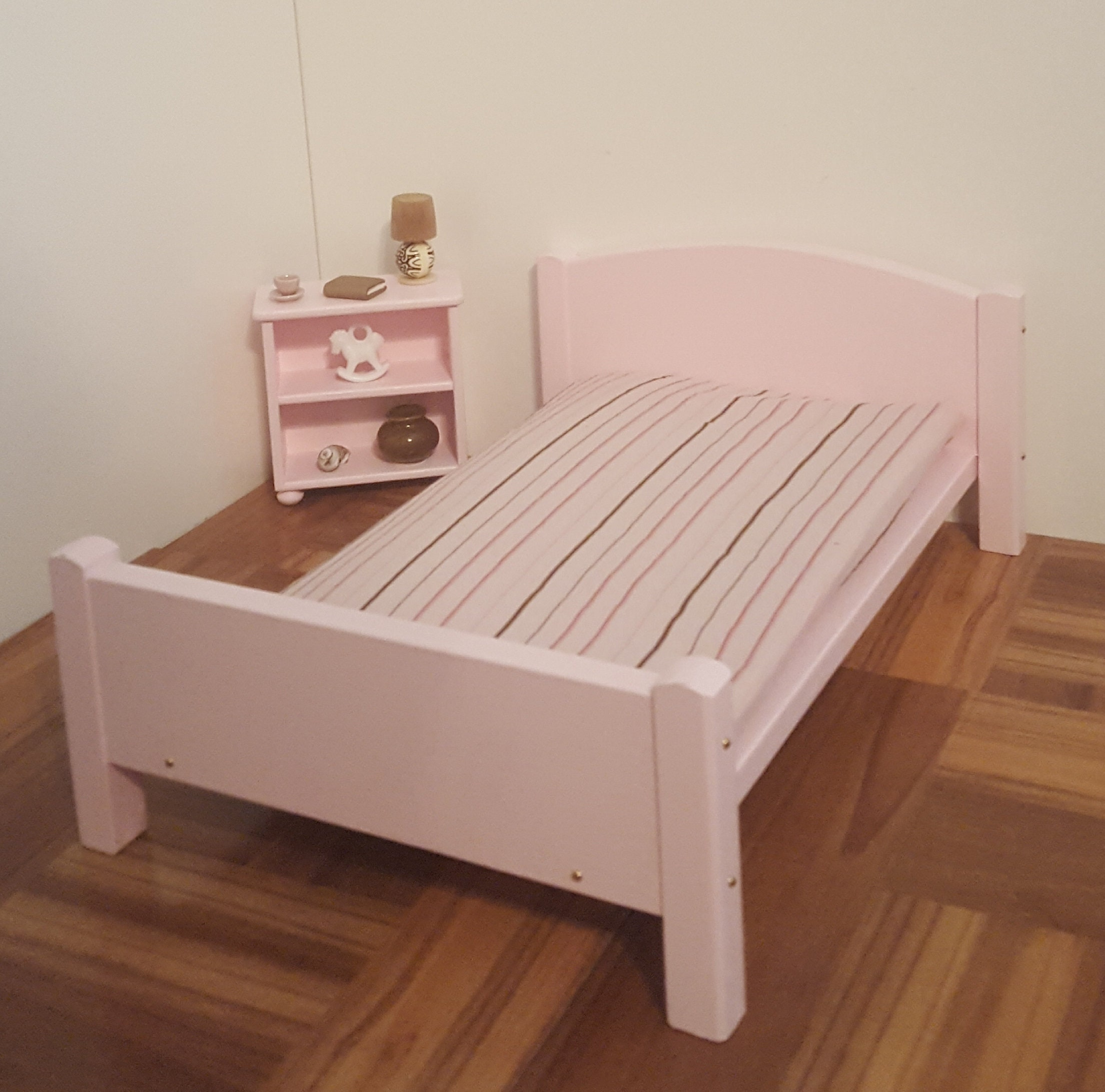 rose lit poup e queen size avec matelas de mousse de 1 6 scale etsy. Black Bedroom Furniture Sets. Home Design Ideas