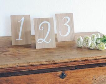 Numéros de Table en bois chiffres, signes de mariage en bois rustique, Table mariage, Wedding Decor. Mariage de Bohème.