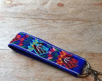 Floral Keychain, Fabric Key Fob, Wristlet Key Chain, Fashion Key Fob, Wristlet Key Chain, Decorative Key Holder