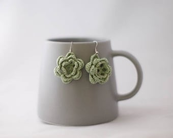 Crocheted flower earrings