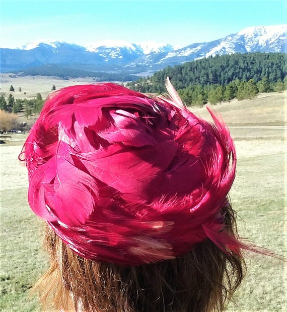 1950s Hot Pink Feathered Pillbox Hat - image 5