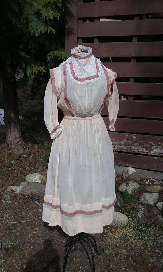 Edwardian Girls Dress Size 14 - 16
