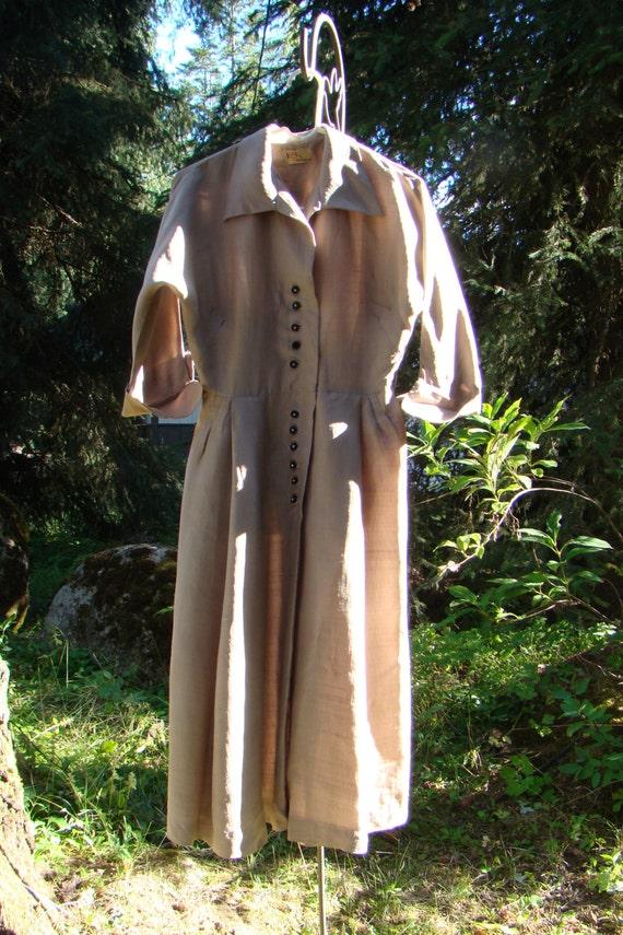 1950s Deep Ivory Silk Shirtwaist Dress - Size Medi