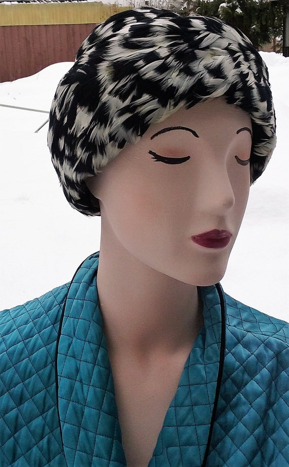 1950s Speckled Feathered Turban - image 1