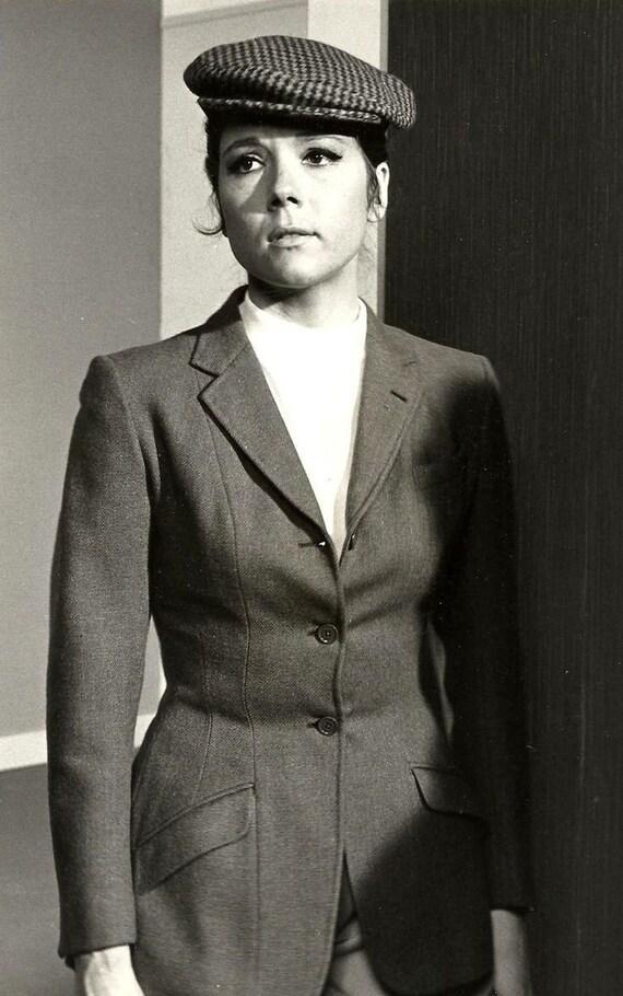 1960s Joni Mitchell Beret with Tassel - image 8