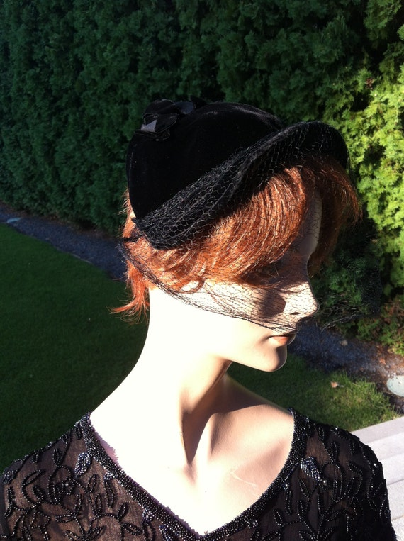1940's  Black Velvet Half Crown Hat
