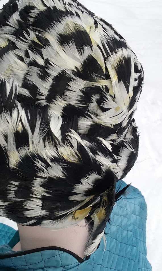 1950s Speckled Feathered Turban - image 4