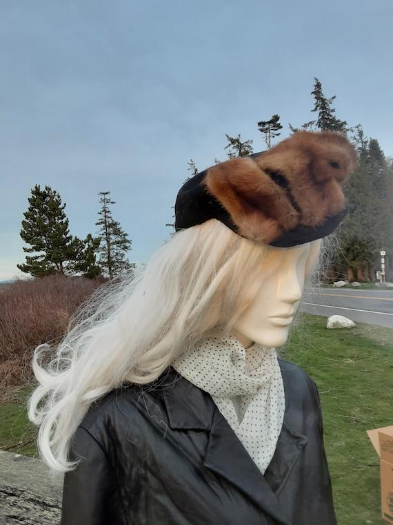 1930s Red Fox Brim Black Wool Hat - Hutzler Brothe