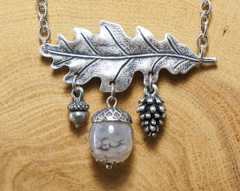 Necklace Agate Acorn & Winter Forest (#7176)