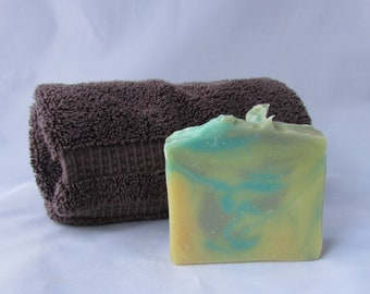Handmade Soap - Lemongrass & Coconut Scent