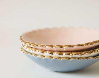 Jewelry dish with gold scalloped edge - Goye X Noémiah