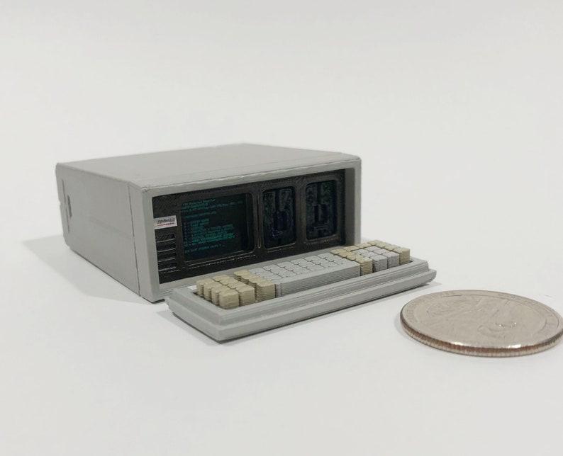 Mini Compaq Portable computer  3D Printed image 0