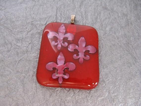 Red Copper Art Glass Pendant, Fleur de lis Copper Glass Art Jewelry, Fused Art Glass Copper Accents