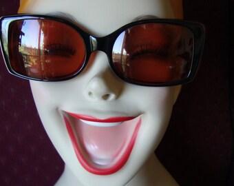 0cac4359a7 Nine West Sunglasses Vintage