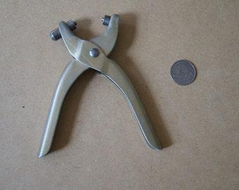 Vintage 1970's - Kaycrest Eyelet Tool - Riveter - hole punch - vintage sewing -crafts- seamstress tool