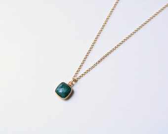 Necklace AMASIS Emerald [silver plated]