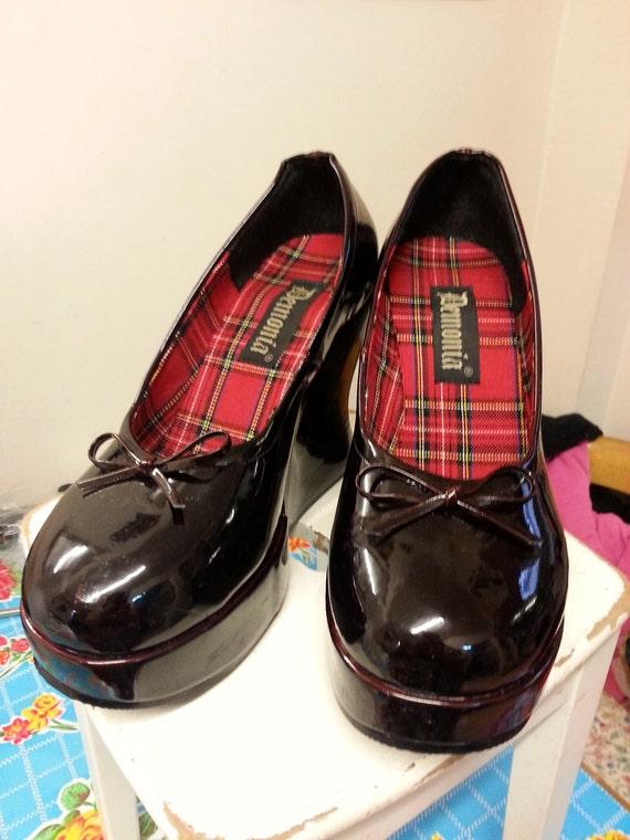 b595ffa1930 Demonia blood-red wedge platform shoes size 40