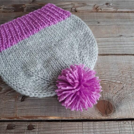 Bébé Bonnet avec pompon chapeau de pom pom Girls bonnet gris   Etsy 5e135ba2ba1