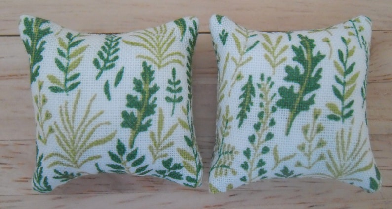 1/12th Scale Dolls House Printed Fabric Cushions: Fern Pattern image 0