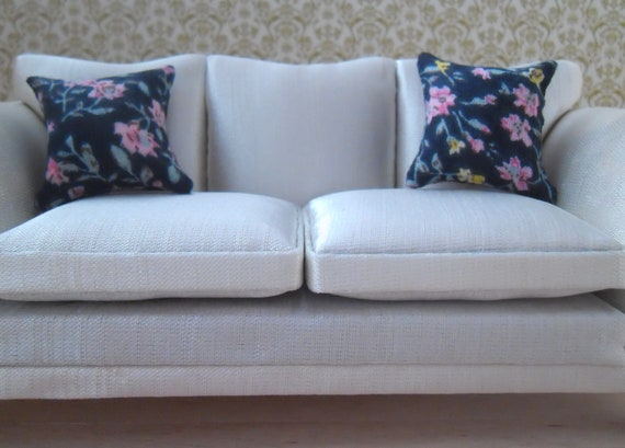 1//12th Scale Dolls House Printed Fabric Cushions Floral Design in White