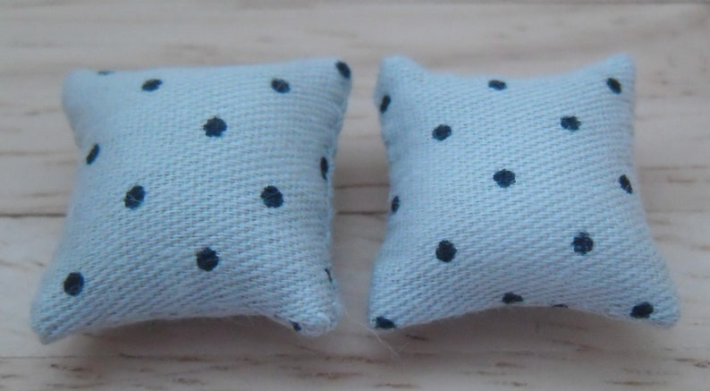 1/24th Scale Dolls House Printed Fabric Cushions: Spots Design image 0