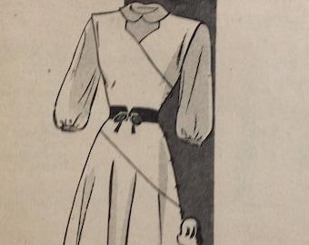 Mail order 4572 misses jumper & blouse size 14 bust 32 vintage 1940's sewing pattern  Factory folds