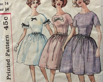 CLEARANCE!!  Simplicity 4301 misses dress in proportioned sizes size 14 bust 34 vintage 1960's sewing pattern