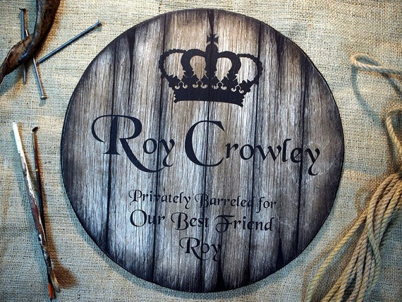 Custom sign inspired by whiskey barrel heads | Personalized Gifts | Christmas Gift | Rustic wall decor | Unique mens gift