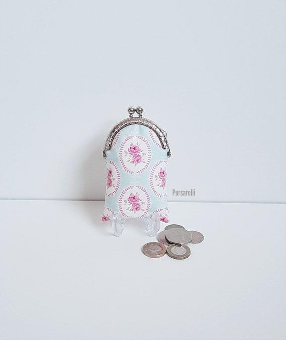 Imprimé floral mini sac à main / porte-monnaie / porte-monnaie / fermoir sac à main / serrure de baiser fermoir / pochette / tissu tilda / fleurs / chic / cadeaux pour elle