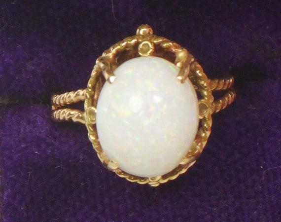 Vintage Opal Ring Australian Opal Ring 14k Yellow