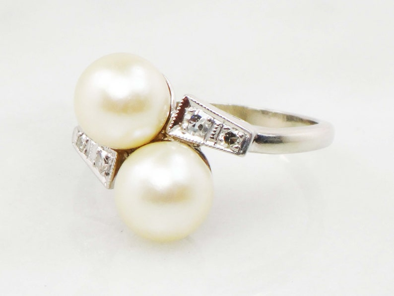 Vintage 14k Cultured Pearl Diamond Ring Pearl Crossover Ring 14k White Gold Diamond Japanese Cultured Pearl Ring Double Pearl Ring Size 6.25