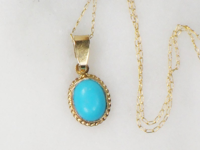 Large Vintage gold filligree oval blue turquoise stone sweater pendant necklace