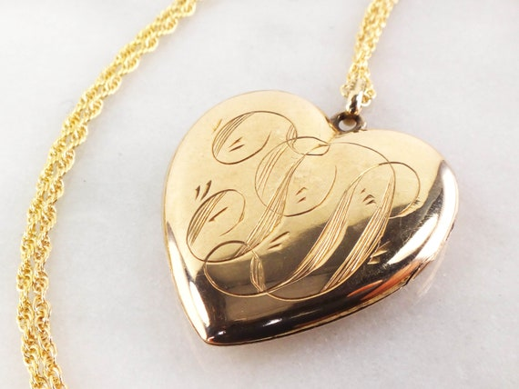 Vintage 14k Gold Locket Heart Locket Picture Locke