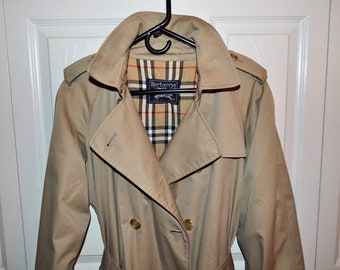 2b7e9318e1f Burberry London Trench Coat size 14 regular Khaki Nova Check Lining Made in  England  Vintage Burberry Westminster Trench Coat