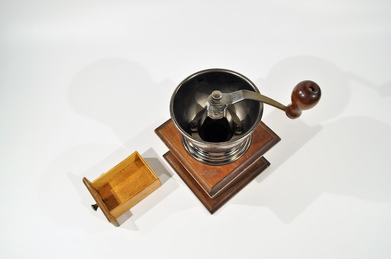 Mr Dudley International Vintage Coffee GrinderMill Grindersvintage hand grinderretro coffee grindercast iron grinderantique grinder