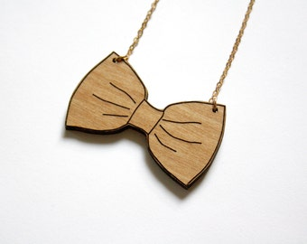 Bow tie necklace, wooden jewel, woman graphic wood jewelry, brass chain gold color, feminine jewellery, trendy gift for her, made in France