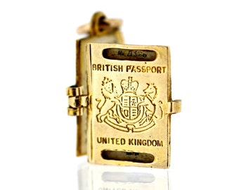 Vintage Gold Nuvo Charm - 9ct Gold Nuvo British Passport Charm