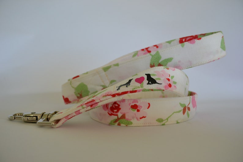 White Rose hand made dog Lead available in two widths image 0