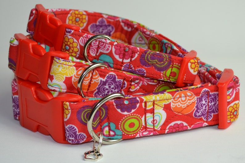Red hearts & flowers hand made adjustable fabric covered dog image 0