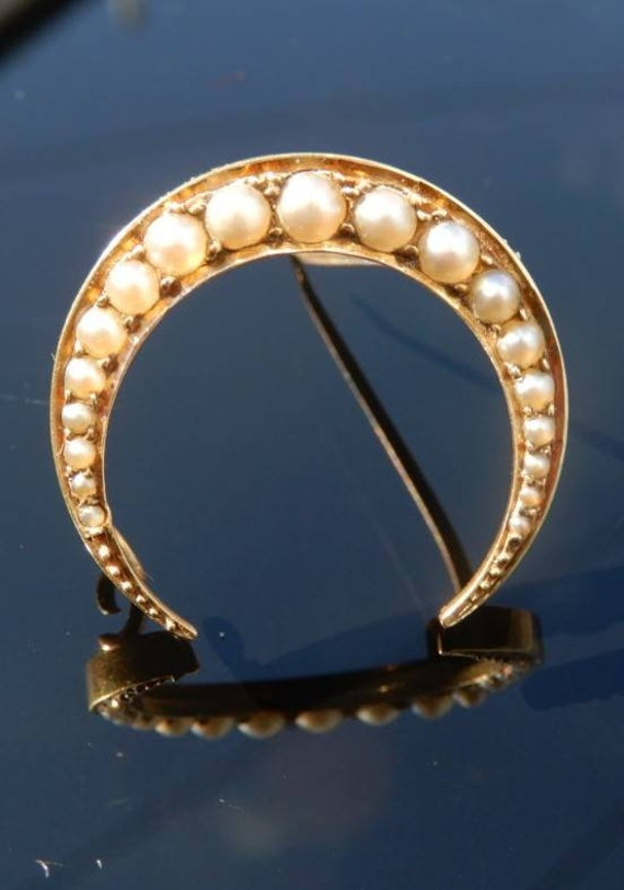 Victorian Gold & Pearl Crescent Moon Brooch