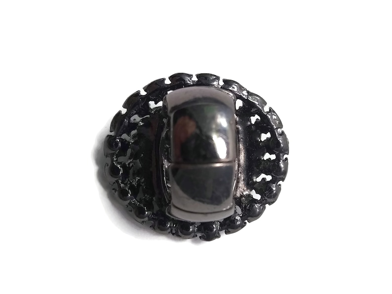 Large Vintage Oval Silver Tone with Black Rhinestones Elastic Statement Ring Size 8 Stretchable.