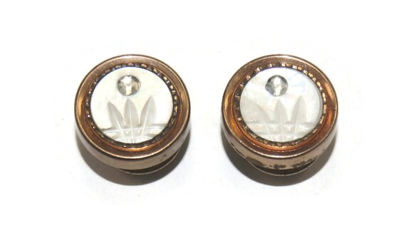 Snap Link Brand Classy Pearly Round Carved Mother of Pearl Shell 1920/'s Art Deco Snap together Cuff Links Matte Silver Toned Metal