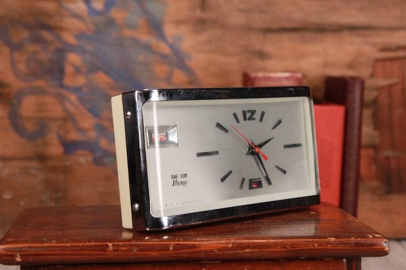 Vintage Alarm Clock Shanghai with Flip Date, Wind up Desk Clock, Chinese  Working Mechanical Clock, Flip Flap Clock, Home Office Decor, Gift