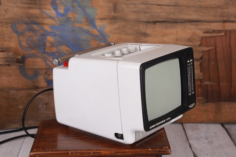 Vintage portable tv, Vintage Electronica 409D TV, 6'' TV, Russian TV 70s,  Car tv 12 / 220 volts supply, Analog tv, Black and white tv small